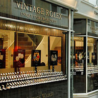 The Vintage Watch Company installs GIMBLE 150 to illuminate vintage watches